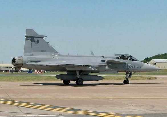 český JAS-39 Gripen