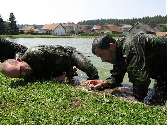 Výsadkáři bojovali o putovní pohár Nikolaje Martynova