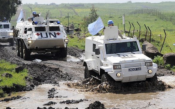 Foto: Vojáci UNDOF na Golanských výšinách (2011). / OSN