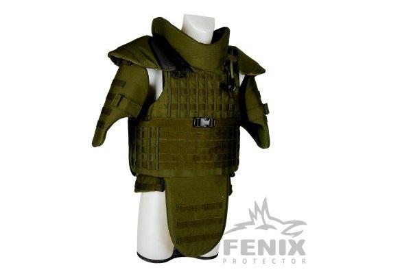 Foto: Na obrázku je původní model TBV Combat (Taktická Balistická Vesta Combat), resp. Fenix Combat. Vesta CZ Combat přímo vychází z tohoto modelu. / ALP Army