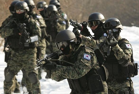 Foto: Vojáci Jižní Koreje; ilustrační foto / ROK