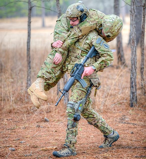 Foto: Posilňující exoskelet Prowler. / B-TEMIA