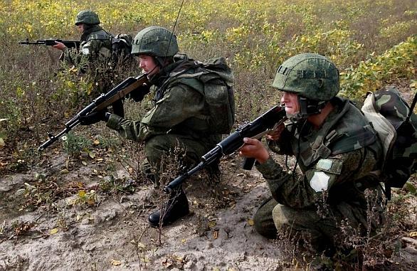 Foto: Ruští vojáci na cvičení Vostok-2014. / Vitali Ankov, RIA Novosti
