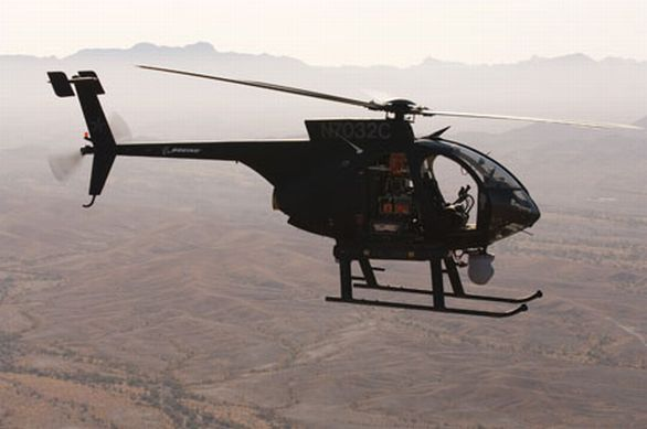 bezpilotní vrtulník Little Bird