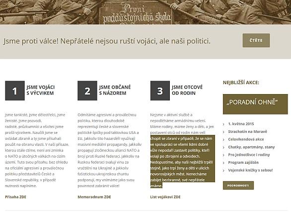 Foto: Členové iniciativy jsou ochotni se v případě nutnosti chopit zbraní. / PrintScreen stránky  Českoslovenští vojáci v záloze