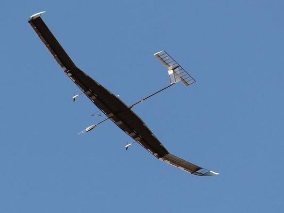 Foto: Na obrázku Zephyr 7. Z principu jsou výškové solární letouny velmi subtilní, lehké a křehké. / Airbus